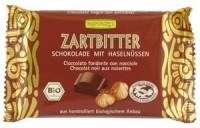 Poolmõru shokolaad sarapuupähklitega 100g Rapunzel